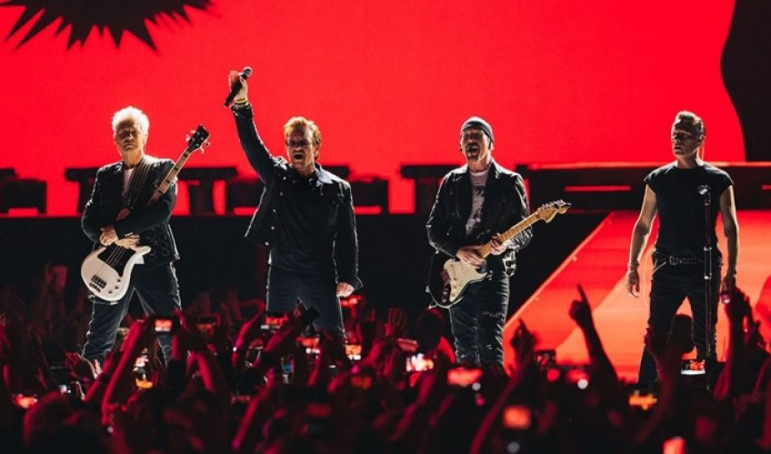 Οι U2 συστήνουν το νέο τραγούδι «You're The Best Thing About Me»