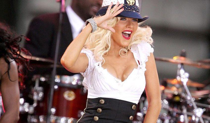 «America»: Η επανεμφάνιση της Christina Aguilera