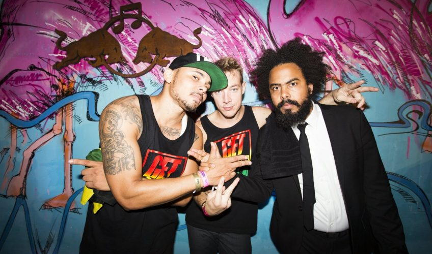 Major Lazer, J Balvin και Sean Paul στο video clip του «Buscando Huellas»