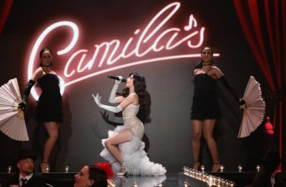 Η Camila Cabello «έκλεψε» τις εντυπώσεις με μία σαγηνευτική παρουσίαση του «Havana»