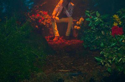 """Η διεθνώς αναγνωρισμένη τραγουδίστρια και τραγουδοποιός, LP, επιστρέφει σήμερα με το ολοκαίνουργιο single της, """"Girls Go Wild."""""""