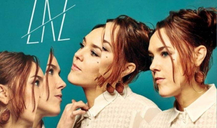 Η Zaz επιστρέφει με το νέο της album Effet Miroir, μια συλλογή νέων τραγουδιών με στοιχεία chanson, pop, salsa, rock και ήχων της Νότιας Αμερικής.