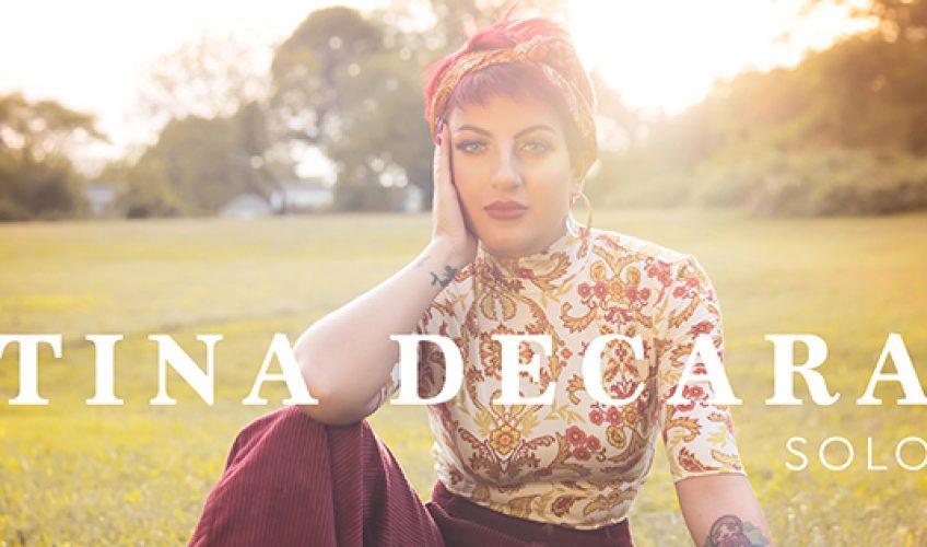 """Η τραγουδίστρια/τραγουδοποιός Tina DeCara εχοντας αρκετές συνεργασίες στο ενεργητικό της , μας παρουσιάζει το νέο της single με τίτλο """"Solo""""."""