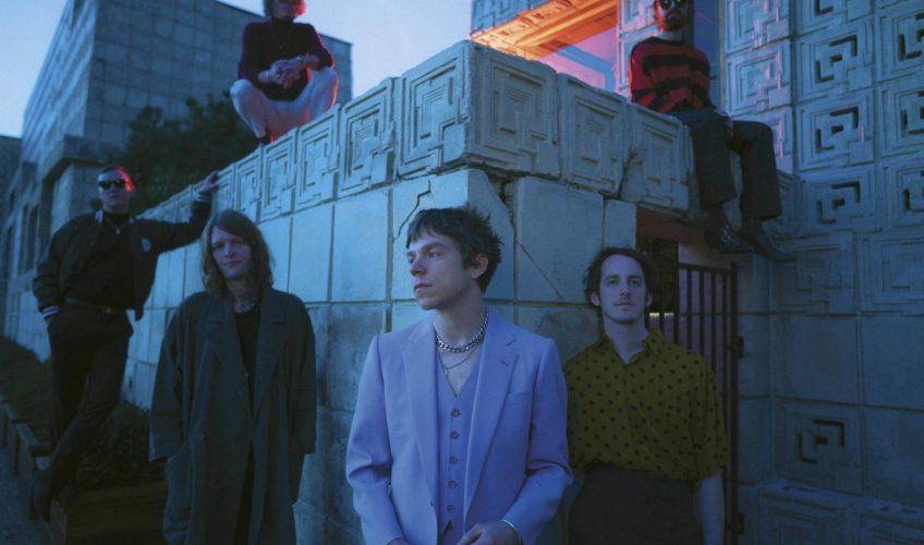 "Oι ""CAGE THE ELEPHANT"" ανακοινώνουν τον νέο τους δίσκο με τίτλο: ""SOCIAL CUES""."
