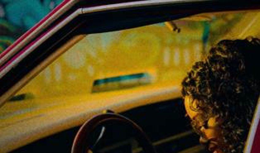 """Οι δύο φορές βραβευμένη με Grammy, η H.E.R. συνεργάζεται με τον YG για το νέο Urban Anthem """"Slide""""."""