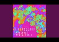"""Οι υποψήφιοι για Grammy και τριπλά πλατινένιοι παραγωγοί Camelphat παρουσιάζουν το πολυαναμενόμενο νέο single τους """"Hypercolour"""" με την συμμετοχή του frontman των Foals, Yanni Philippakis."""