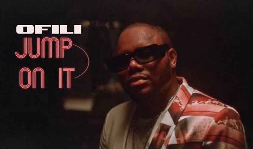 """Εκπροσωπώντας ήχους που τον κάνουν να ξεχωρίζει τόσο στην εγχώρια όσο και στη διεθνή μουσική σκηνή, ο Ofili, aka Francis Antetokounmpo παρουσιάζει το δεύτερο προσωπικό single του με τίτλο """"Jump On It""""."""