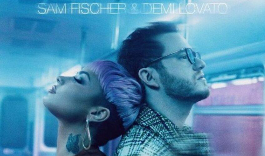 """Ο καλλιτέχνης Sam Fischer ένωσε τις δυνάμεις του, αυτή την φορά με την Demi Lovato για την κυκλοφορία του νέου του single """"What Other People Say""""."""