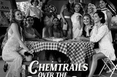 """Η Lana Del Rey, κυκλοφορεί το 7ο studio album της με τίτλο """"Chemtrails Over The Country Club."""""""