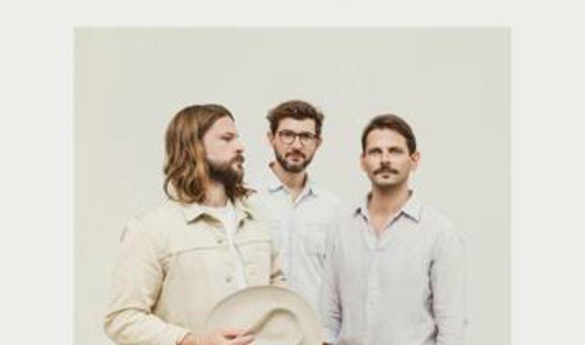 "To alternative indie συγκρότημα με έδρα το Βερολίνο, Mighty Oaks, παρουσιάζει το νέο του δίσκο ""Mexico"" που μόλις κυκλοφόρησε από την Howl Records."