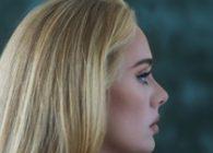 """Η παγκόσμια superstar Adele επιστρέφει με την κυκλοφορία του νέου της single και video """"Easy On Me""""."""